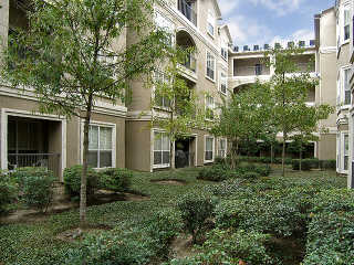502 South Post Oak Lane Apartments In Houston Texas